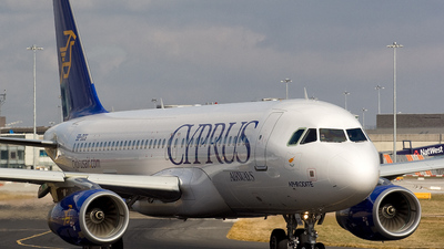 5B-DCG - Airbus A320-232 - Cyprus Airways