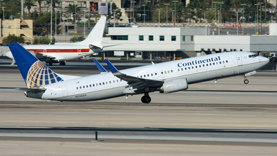 N73256 - Boeing 737-824 - Continental Airlines