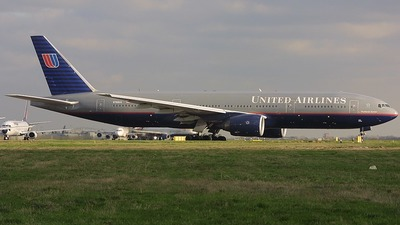 N766UA - Boeing 777-222 - United Airlines