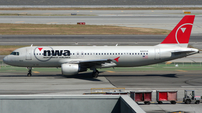 N322US - Airbus A320-211 - Northwest Airlines