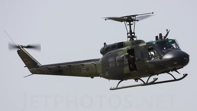 72-91 - Bell UH-1D Huey - Germany - Army