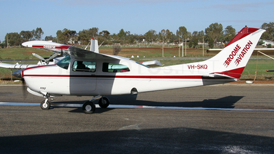 VH-SKQ - Cessna 210L Centurion II - Broome Aviation