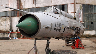 4313 - Mikoyan-Gurevich MiG-21MF Fishbed J - Slovakia - Air Force