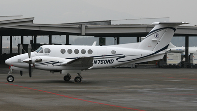 N750MD - Beechcraft B200 Super King Air - Private