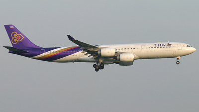 HS-TLC - Airbus A340-541 - Thai Airways International