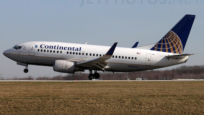N24633 - Boeing 737-524 - Continental Airlines