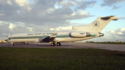 5N-FGN - Boeing 727-2N6(Adv) - Nigeria - Government