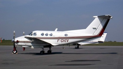 F-GHIV - Beechcraft 90 King Air - Private