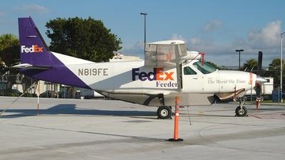N819FE - Cessna 208A Cargomaster - FedEx Feeder (Mountain Air Cargo)