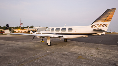 N555GK - Piper PA-31-350 Navajo Chieftain - Private