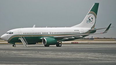 N737WH - Boeing 737-75T(BBJ) - Private