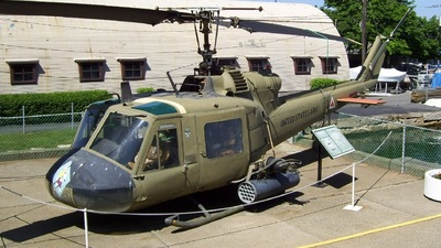60609 - Bell UH-1M Iroquois - United States - US Army