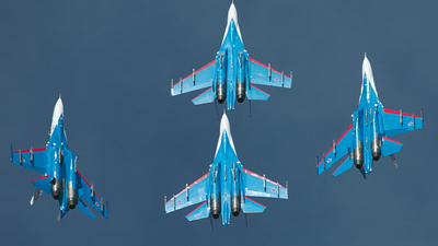 05 - Sukhoi Su-27 Flanker - Russia - Air Force