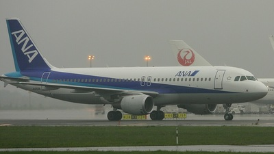 JA203A - Airbus A320-211 - All Nippon Airways (ANA)