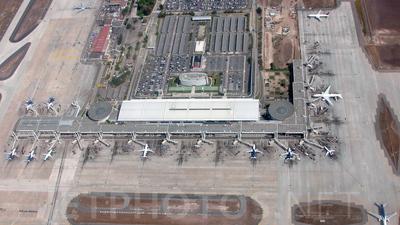 SCEL - Airport - Terminal