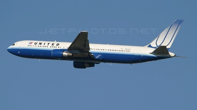 N649UA - Boeing 767-322(ER) - United Airlines