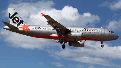 VH-VQW - Airbus A320-232 - Jetstar Airways