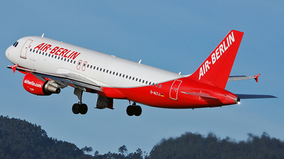 D-ALTJ - Airbus A320-214 - Air Berlin (LTU)