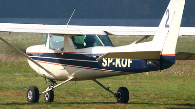 SP-KOF - Cessna 152 - Private