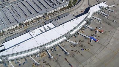 KAUS - Airport - Terminal