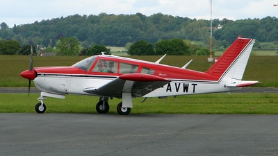 A picture of GAVWT - Piper PA28R180 - [28R30362] - © Robert Beaver