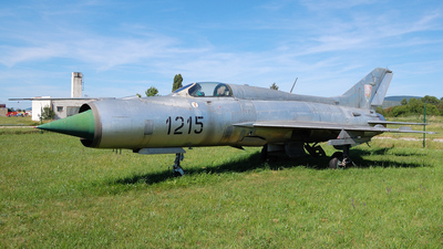 1215 - Mikoyan-Gurevich MiG-21PF Fishbed - Slovakia - Air Force