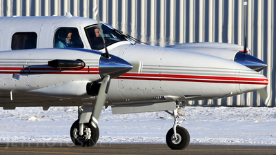 A picture of N690TW - Beech B200GT Super King Air - [BY67] - © Mike MacKinnon