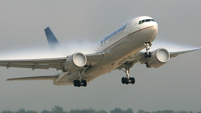 N68159 - Boeing 767-224(ER) - Continental Airlines