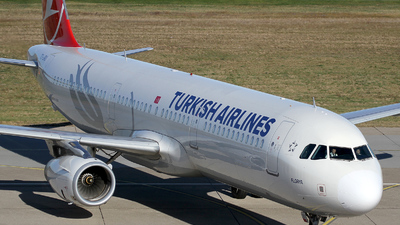 TC-JRU - Airbus A321-231 - Turkish Airlines