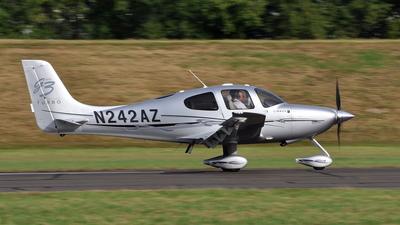 A picture of N242AZ - Cirrus SR22 - [3182] - © Joe Roy