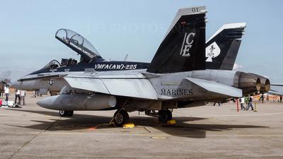 165684 - McDonnell Douglas F/A-18D Hornet - United States - US Marine Corps (USMC)