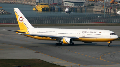 V8-RBG - Boeing 767-33A(ER) - Royal Brunei Airlines