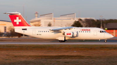 HB-IXU - British Aerospace Avro RJ100 - Swiss