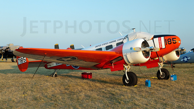 N7185 - Beech D18S - Private