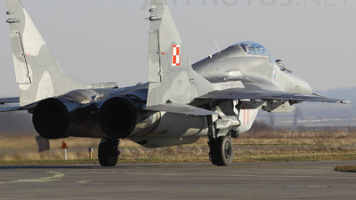 77 - Mikoyan-Gurevich MiG-29A Fulcrum - Poland - Air Force