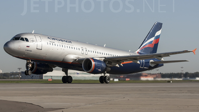 VQ-BAZ - Airbus A320-214 - Aeroflot