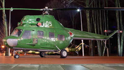 05 - PZL-Swidnik Mi-2 Hoplite - Soviet Union - Air Force