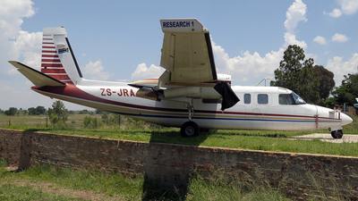 ZS-JRA - Rockwell 690A Turbo Commander - South African Weather Service