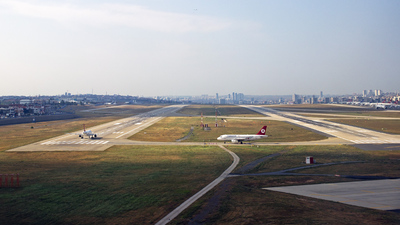 LTBA - Airport - Runway
