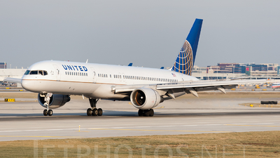 A picture of N519UA -  - [] - © SpotterPowwwiii