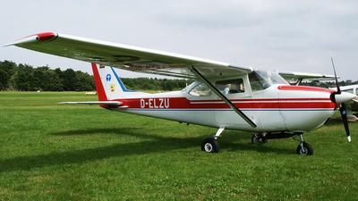 A picture of DELZU - Cessna 172M Skyhawk - [0051] - © Marius Hoepner