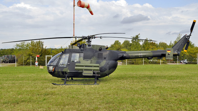 87-19 - MBB Bo105P1 - Germany - Army