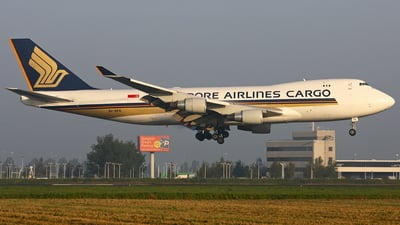 9V-SFK - Boeing 747-412F(SCD) - Singapore Airlines Cargo