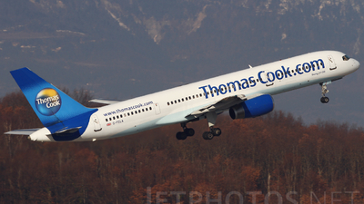 G-FCLA - Boeing 757-28A - Thomas Cook Airlines