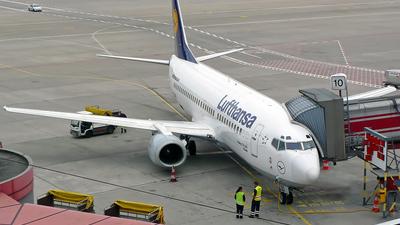 Boeing 737-330 - Lufthansa