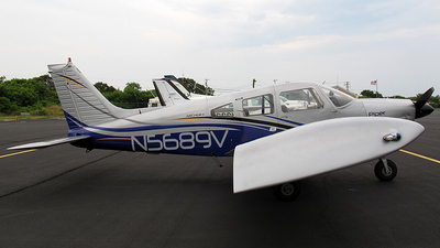 A picture of N5689V - Piper PA28181 - [287790498] - © Dave Lu