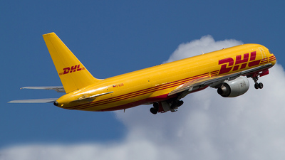 D-ALEB - Boeing 757-236(SF) - DHL (European Air Transport)