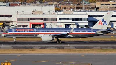 N686AA - Boeing 757-223 - American Airlines