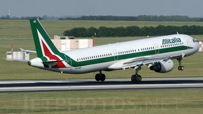 EI-IXD - Airbus A321-112 - Alitalia