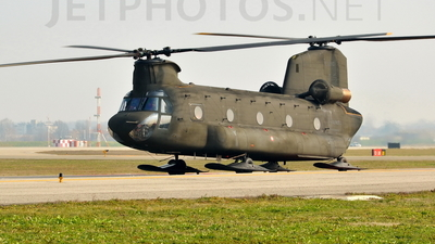 MM80832 - Boeing CH-47C Chinook - Italy - Army